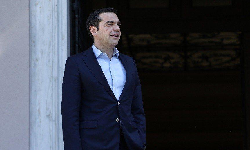 H κυβέρνηση διαψεύδει τα δημοσιεύματα περί συνάντησης Τσίπρα – Φρουζή