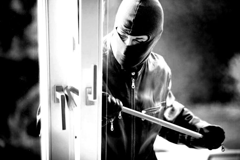 Kρήτη: Διαρρήκτες έκλεψαν το όπλο απόστρατου αξιωματικού