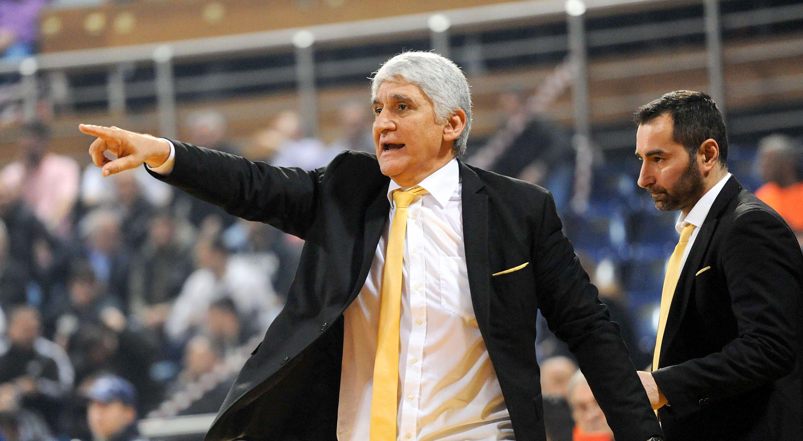 Γιαννάκης: «Θρηνούμε μία μεγάλη απώλεια για το ελληνικό μπάσκετ» - Sportime.GR