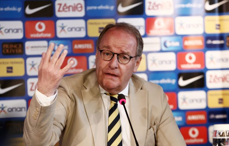 Νέα προειδοποίηση της FIFA: «Πάρτε μέτρα, αλλιώς Grexit»
