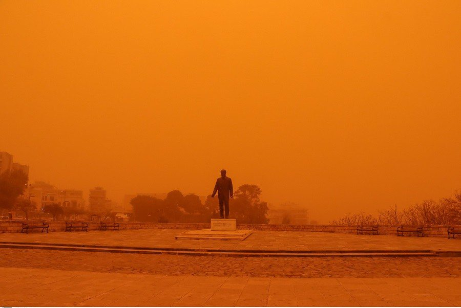 Η Ελλάδα θα πνιγεί ξανά – Επιστρέφει η αφρικανική σκόνη