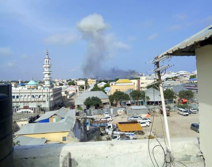 Εκρήξεις και πυροβολισμοί στη Σομαλία (pic)