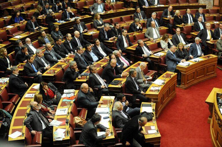 Επίδομα ενοικίου τέλος για τους εξωκοινοβουλευτικούς υπουργούς