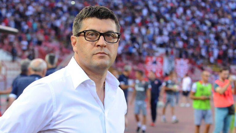 Μιλόγεβιτς: «Σέβομαι το συμβόλαιο που υπογράφω»