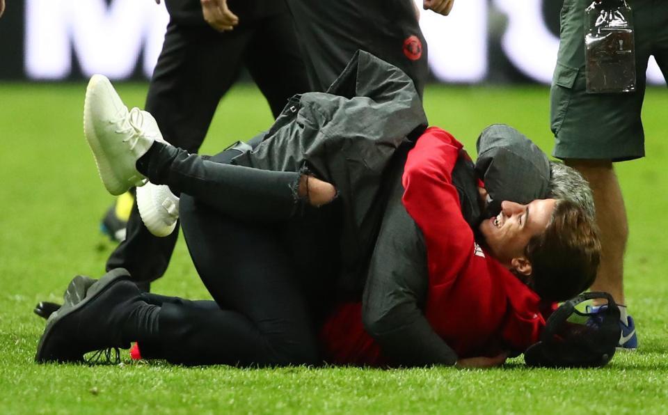 Ο Ζοζέ Μουρίνιο είχε για βοηθό στον πάγκο και τον γιο του