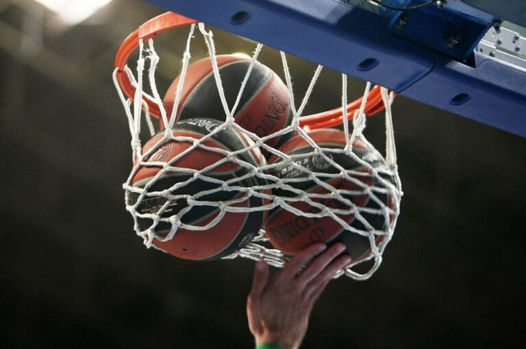 Οι καλοί, οι κακοί και η… άσχημη της Basket League (pics/vid)