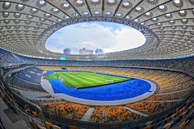 Άδεια καθίσματα στο Κίεβο!