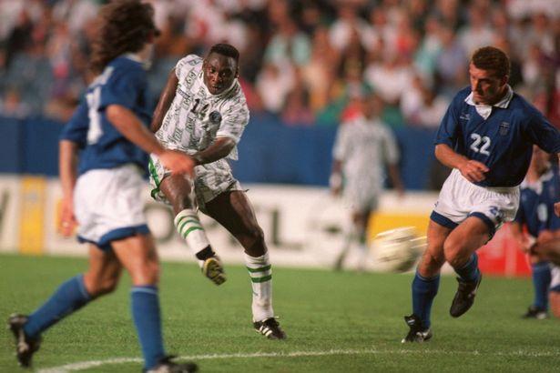 Η Mirror θυμήθηκε το γκολ του Αμοκάτσι με την Ελλάδα (pic & vid) - Sportime.GR