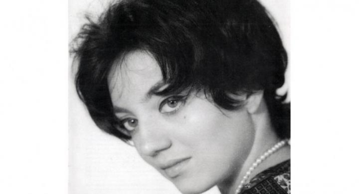 «Έφυγε» η τραγουδίστρια Ζωή Κουρούκλη