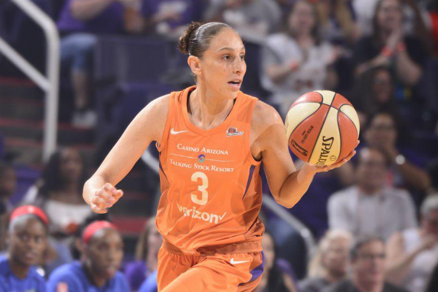 H πρώτη που φθάνει τα 1.000 τρίποντα στο WNBA (vid)