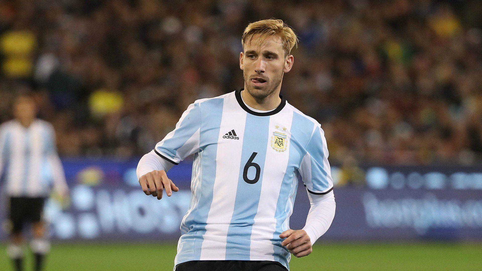 Σταμάτησε και ο Μπίλια από την Αργεντινή