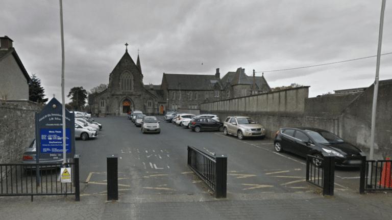 Δουβλίνο: Αυτοκίνητο έπεσε σε πεζούς έξω από εκκλησία (vid)