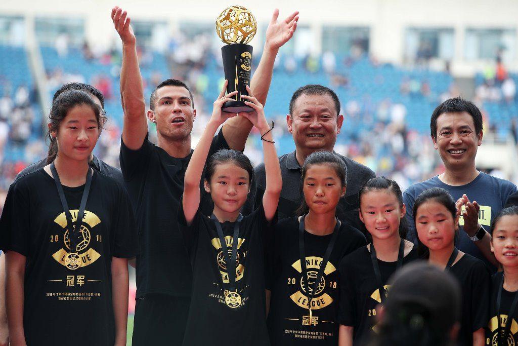 Η Γιουβέντους στις ΗΠΑ, ο Ρονάλντο στην Κίνα ! (pics)
