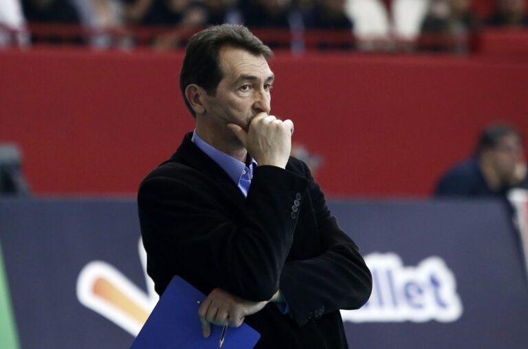 Καραμπέτσος: «Δεν γίνεται δεκτή η παραίτηση Ανδριόπουλου»