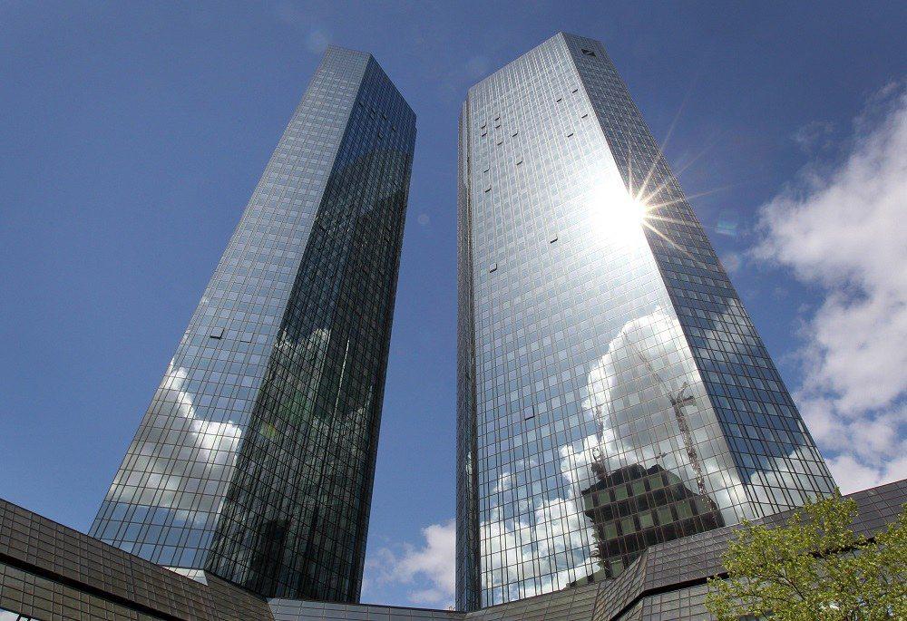 Ιδρύματα πληρωμών και Τράπεζες: Οι ευκαιρίες και οι κίνδυνοι στο χώρο των πληρωμών