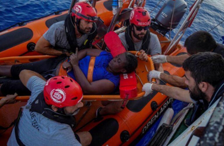 Ο υπέροχος Γκασόλ βοήθησε στη διάσωση πρόσφυγα στη Μεσόγειο [pic]