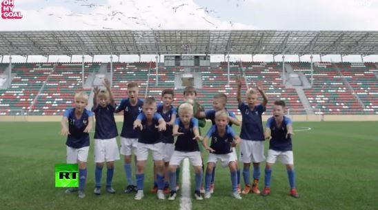 Παιδιά αναπαριστούν τον τελικό του Παγκοσμίου Κυπέλλου!