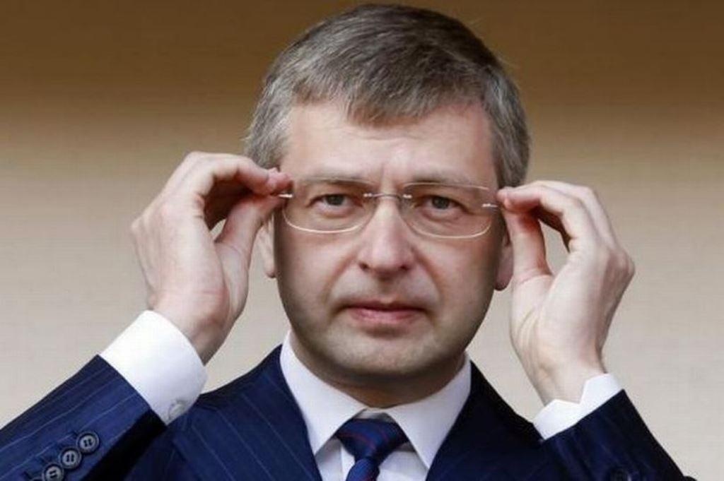 Ο Ρώσος μεγιστάνας Ριμπολόβλεφ ενδιαφέρεται για τη Μίλαν - Sportime.GR