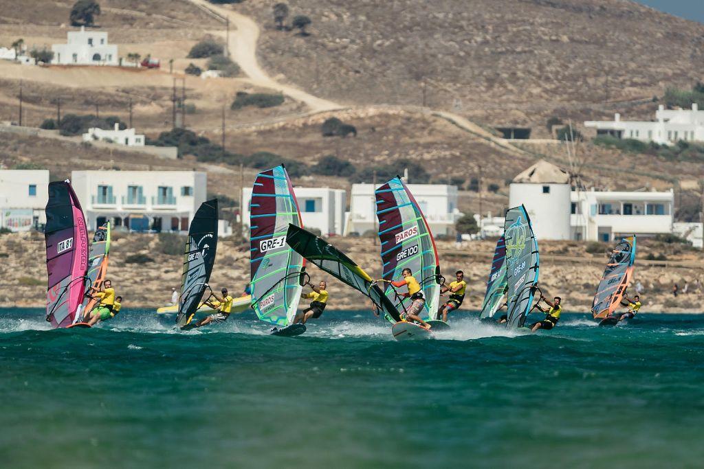 Άλκης Βωβός και Σοφία Κουκουζέλη πρώτευσαν στο Paros Wind Odyssey