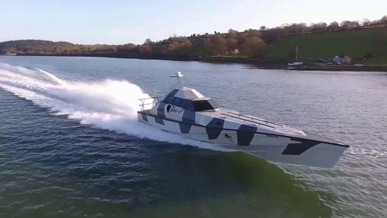 Το σκάφος που δεν μπορεί με τίποτα να βυθιστεί (vids)