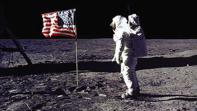 Υπάρχουν 809 πράγματα που έχουμε αφήσει στο φεγγάρι…και είναι αυτά (vid) - Sportime.GR