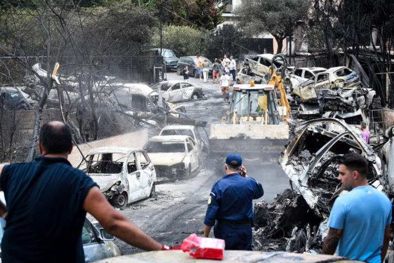 Πυρκαγιά στο Μάτι: Ένα μήνα μετά την τραγωδία και κανένα επίδομα δεν έχει δοθεί