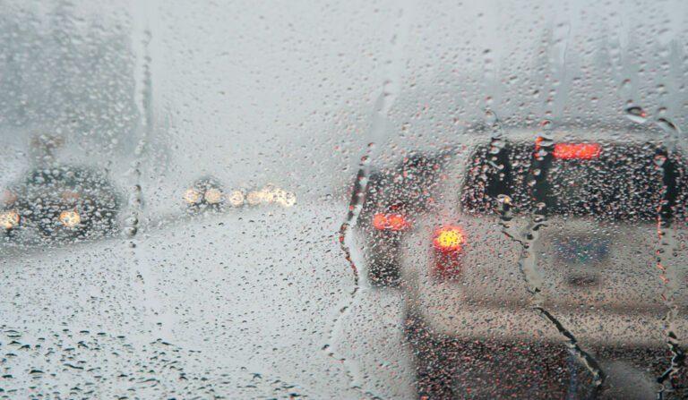 Σάκης Αρναούτογλου: Ισχυρές βροχές την Τρίτη και στην Αττική