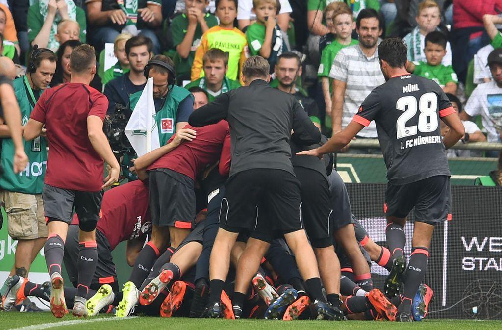 «Αυτοκτόνησε» η Βέρντερ, ισοπαλία έξι γκολ στο Φράιμπουργκ (vid)