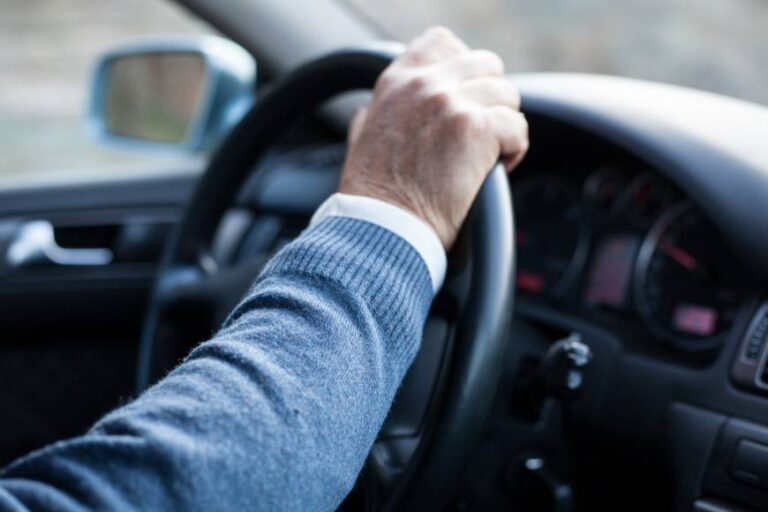 Σπίρτζης: Ξανά εξετάσεις για ηλικιωμένους οδηγούς