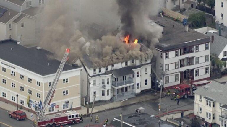 Βοστώνη: Ένας νεκρός και 12 τραυματίες από εκρήξεις λόγω διαρροής φυσικού αερίου