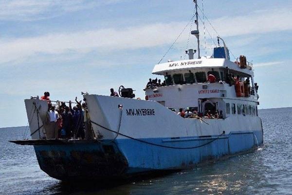 Τανζανία: 42 νεκροί, εκατοντάδες αγνοούμενοι από ανατροπή πλοίου