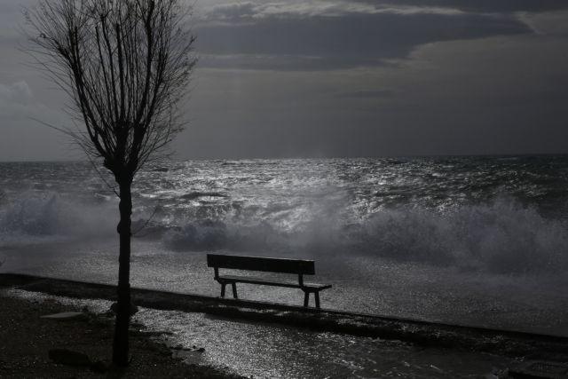 Καιρός: «Βουτιά» της θερμοκρασίας- Βροχές και καταιγίδες - Sportime.GR