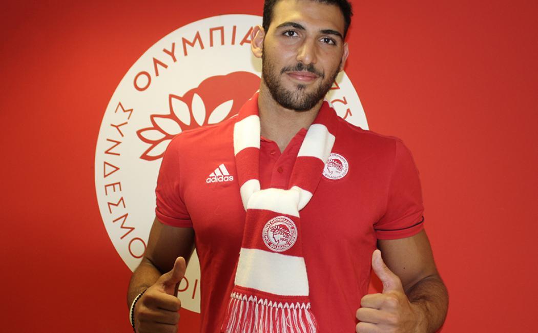 Και επίσημα ο Σκουμπάκης στον Ολυμπιακό!