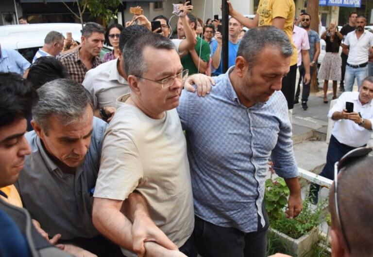 Τουρκία: Ελεύθερος ο Αμερικανός πάστορας