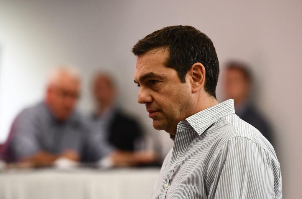 Handelsblatt: Ο Τσίπρας με πολιτική διαίρει και βασίλευε