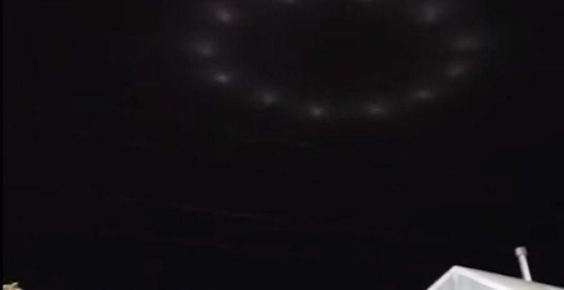 Καλιφόρνια: Παράξενος φωτεινός κύκλος έκανε την εμφάνισή του στον ουρανό (vid)