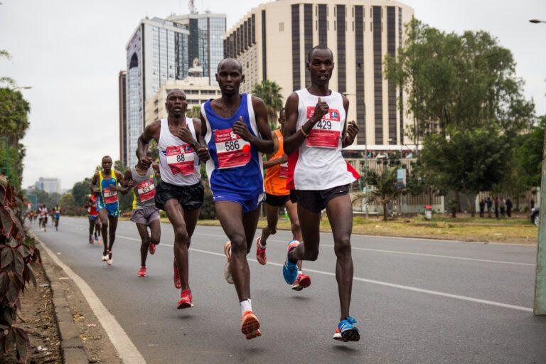 Παγκόσμιο ρεκόρ ο Κίπτουμ στον ημιμαραθώνιο