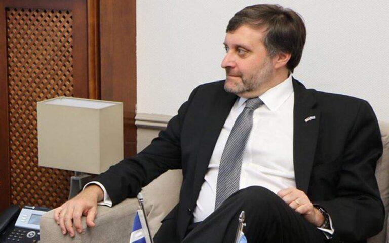 Στα Σκόπια σήμερα ο αναπληρωτής ΥΠΕΞ των ΗΠΑ