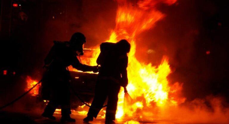 Θεσσαλονίκη: Πυρκαγιά σε σταθμευμένο όχημα