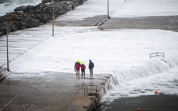 Σάκης Αρναούτογλου: Προσοχή στους σφοδρούς ανέμους