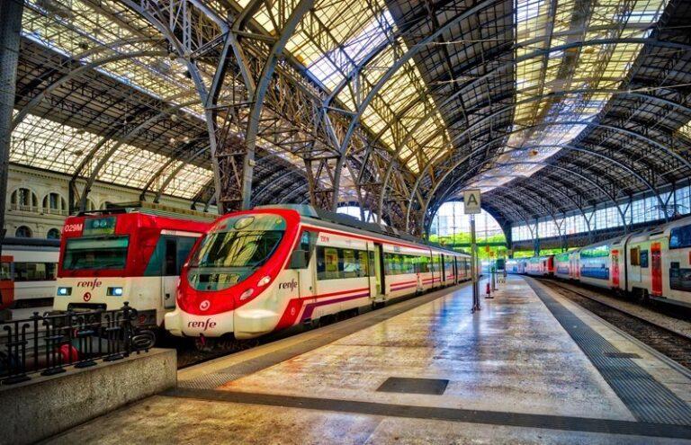Συναγερμός στη Βαρκελώνη για ύποπτο αντικείμενο, έρευνες σε σιδηροδρομικό σταθμό της πόλης