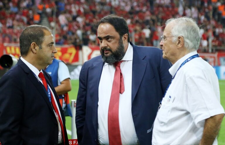 Θεοδωρίδης: «Ο Δουρέκας πηγαίνει στο εξωτερικό»