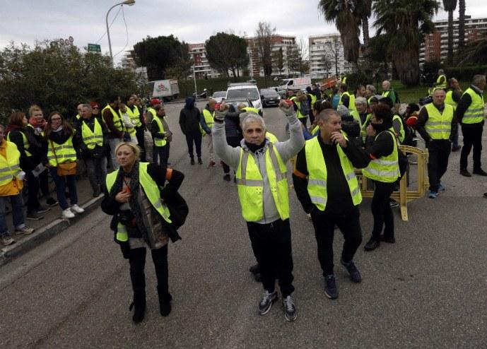 Νεκρή διαδηλώτρια στη Γαλλία