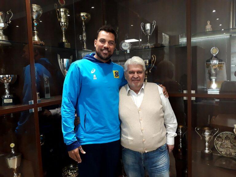 Μπιτς βόλεϊ: Στην Ελλάδα ο Βραζιλιάνος Σαντάνα