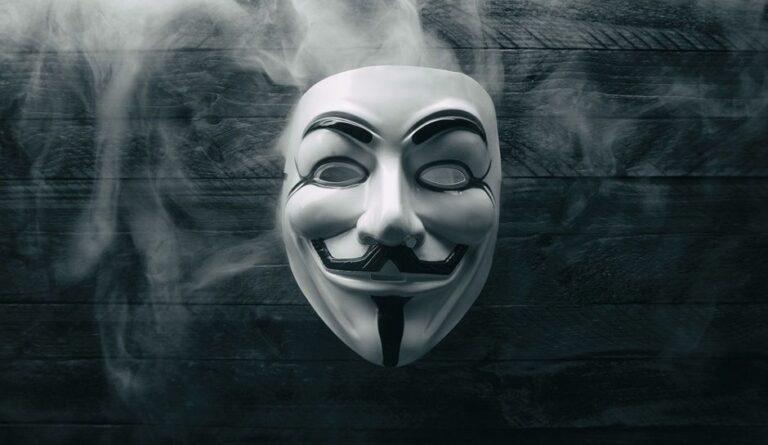 Οι Anonymous διαψεύδουν…