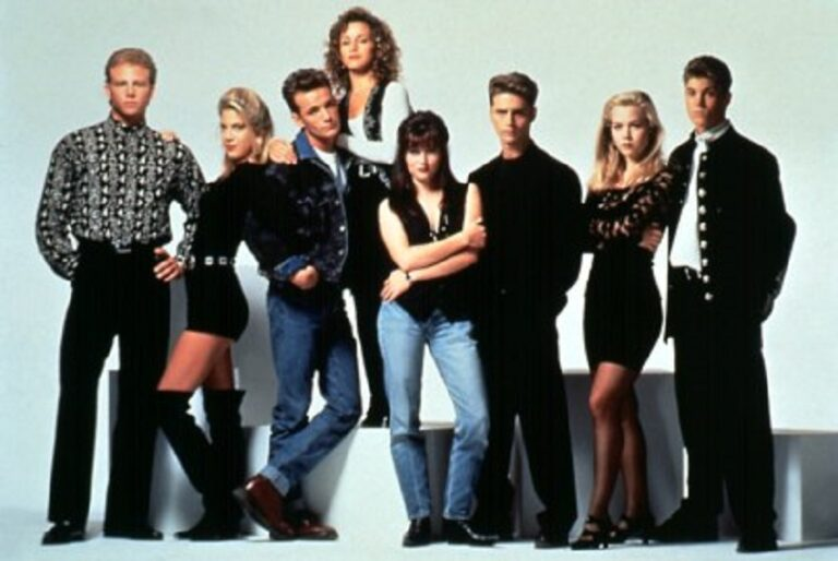 Το Beverly Hills 90210 επιστρέφει!