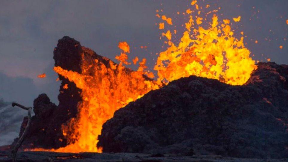 Ένα nanosecond μέσα στη λάβα ηφαιστείου (vid)