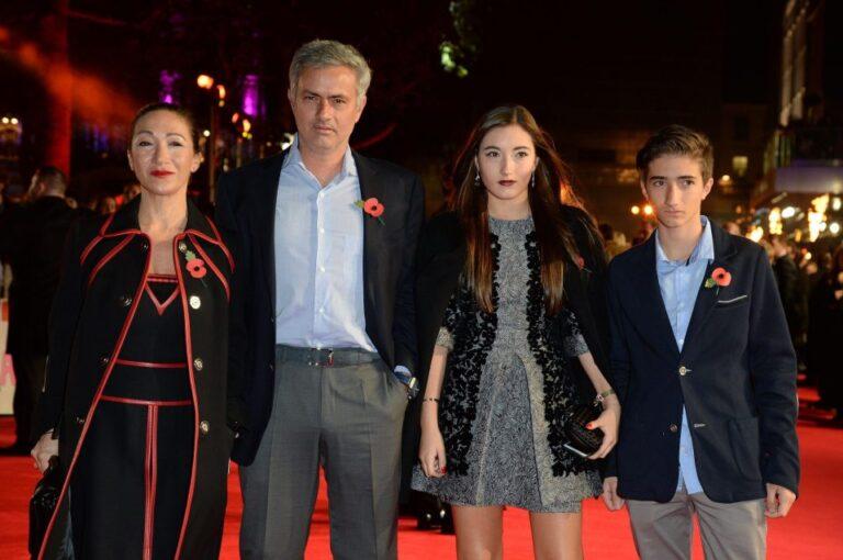 Μουρίνιο: Μετά την απόλυση και ροζ σκάνδαλο! (pics)