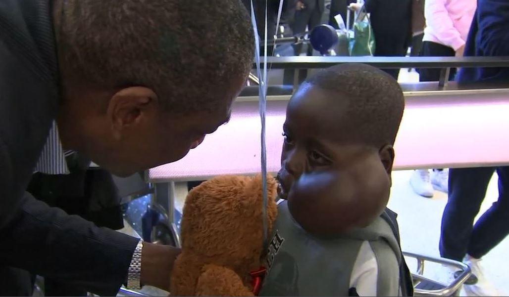 Έχασε τη μάχη για τη ζωή το παιδάκι μου ήθελε να σώσει ο Μουτόμπο (pic)