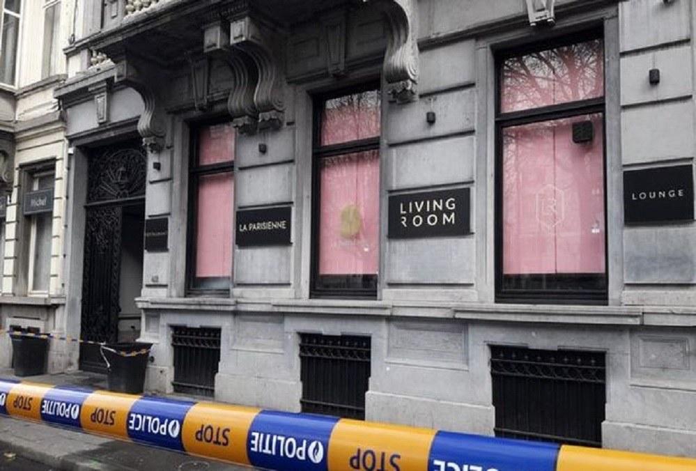 Βρυξέλλες: Άγνωστος πυροβόλησε με καλάσνικοφ σε εστιατόριο (pic)